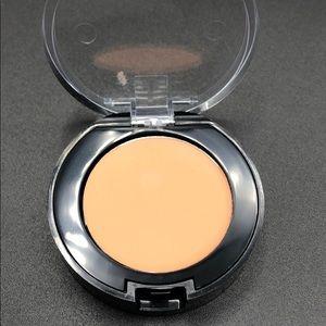 Bobbi brown concealer dark peach